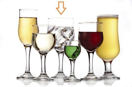 sklen. 320ml, 6ks, NEVAKAR v.18cm (KNK), voda, vín