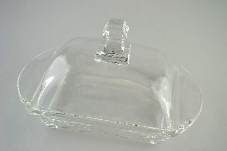 máslenka s víčkem, hladké sklo    *PO 31.10.