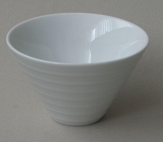 miska d 9cm, vroubk. SUPERBASIC, bílý porcel.