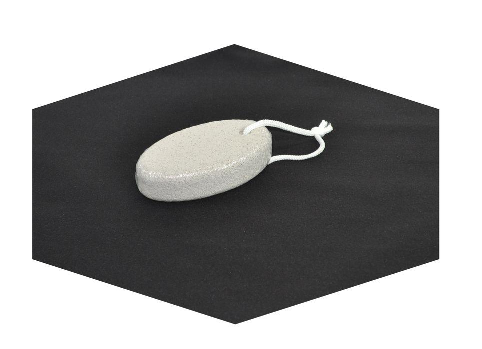 pemza 10x5,5cm, v.2,5cm, přírodní ovál, závěs